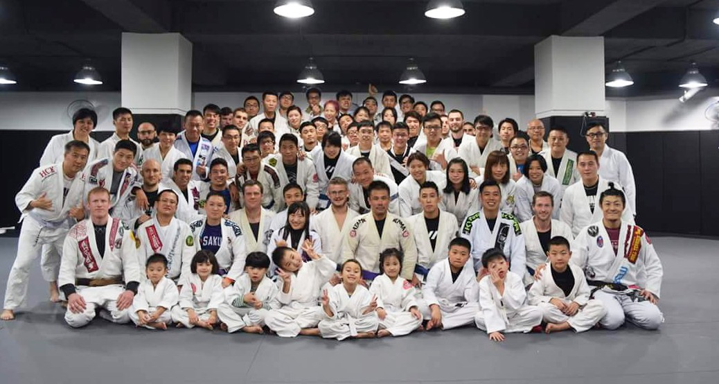 2015-Year-End-Belt-Promo-Group-Shot2